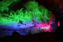 灵岩洞景点介绍