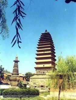 天宁寺三圣塔