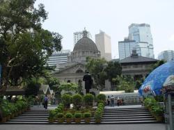 皇后像广场景点介绍